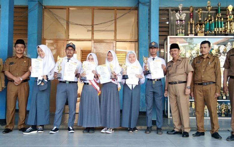 Pasanggri Basa, Sastra, Aksara Jeung Seni Sunda SMA sa-Kabupaten Bandung